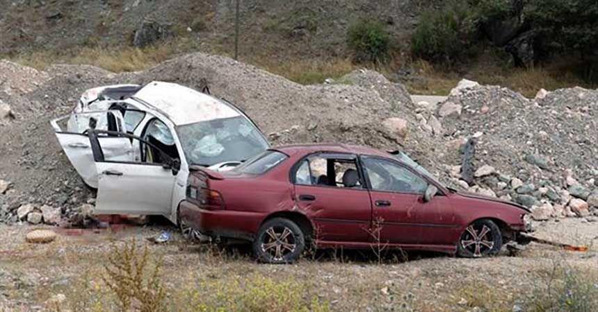 Cenaze yolunda kahreden kaza