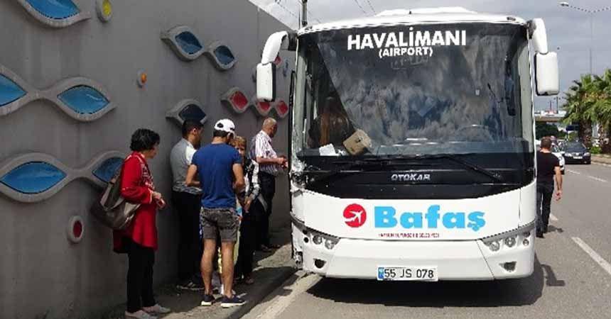44 yolcu kazayı ucuz atlattı