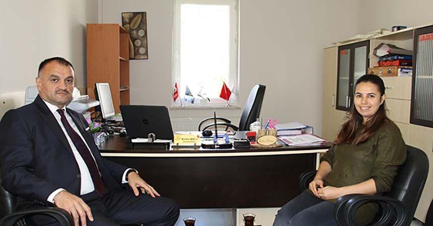 Başkan Akgül'den Nurten öğretmene tebrik ziyareti
