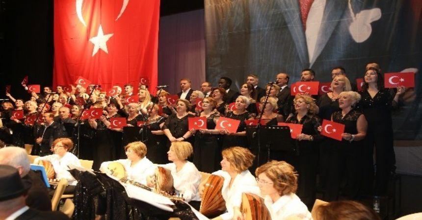 Atatürk şarkılarla anıldı