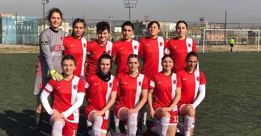 YABPA'nın kızları Nusaybin'i farklı yendi: 5-1