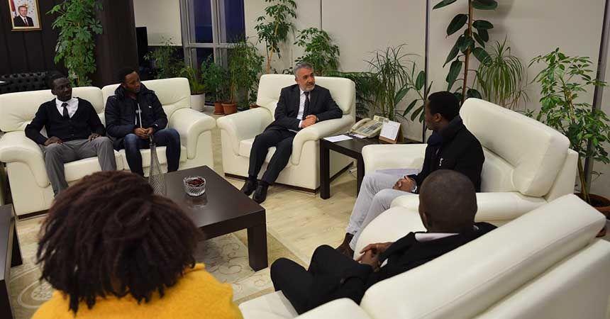Afrikalı öğrencilerden Rektör'e ziyaret