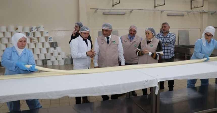 Gıda kontrolörleri iş başında