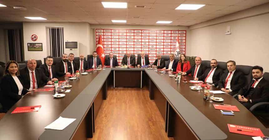 Samsunspor Yönetimi görev dağılımı yaptı