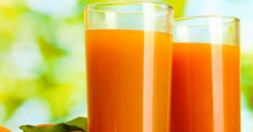 Su kaybı için Ramazanda meyve suyu için