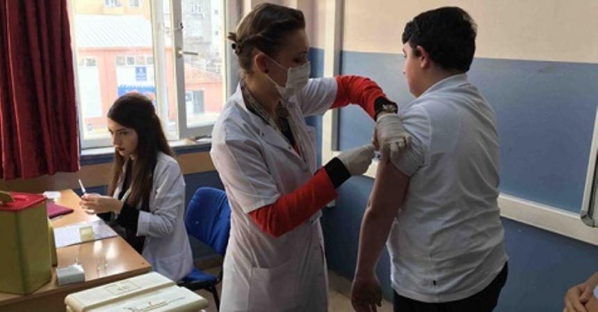 Artık okulda aşı yok
