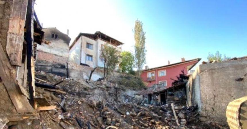 Çorum'da 5 kişi yangında öldü