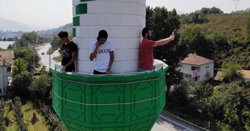 Minarede internete Yaşar'dan eleştiri