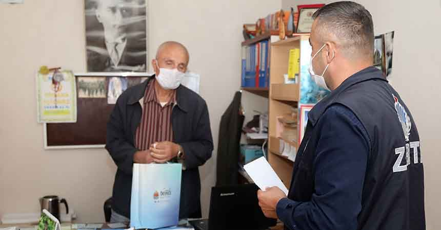 Atakum Belediyesi muhtarları tek tek ziyaret etti