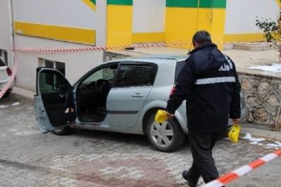 AK Partili meclis üyesine aracında infaz