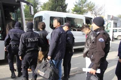 Öğretmenler ByLock'tan tutuklandı
