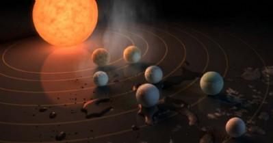 7 gezegen keşfedildi, 3'ünde su var!