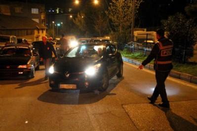 Polisden şüpheli araç uygulaması