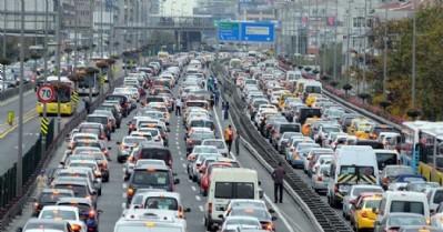 21 milyonun üzerinde trafiğe kayıtlı araç var