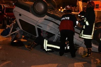 Otomobil takla attı, itfaiye yaralı aradı