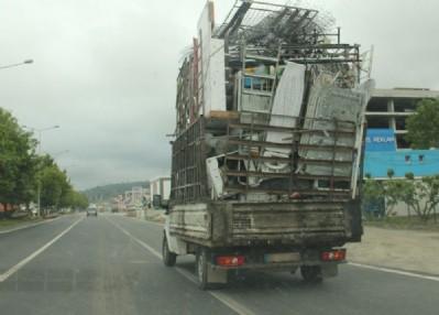 Samsun trafiğinde tehlikeli yolculuk
