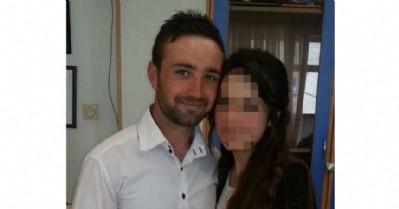 Kocasını bıçaklayarak öldürdü