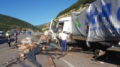 TIR kazası: Faciadan dönüldü