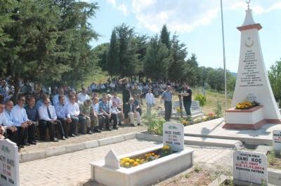 15 Temmuz şehidinin anıt mezarı törenle açıldı