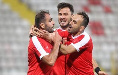 Türkiye futbolda güldü 3-1