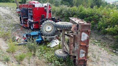 Sürdüğü traktörün altında kaldı