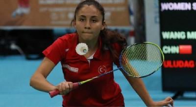 Badmintonda beş galibiyet