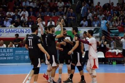 Türkiye voleybolda da finalde