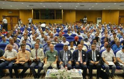 Okul müdürlerine 'liderlik' eğitimi