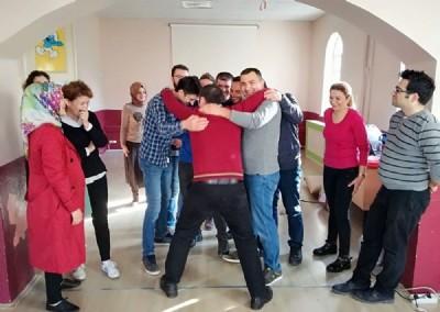 Bilişim öğrencilerine drama eğitimi