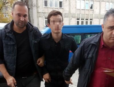 Pompalıyla arkadaşını vuran genç tutuklandı