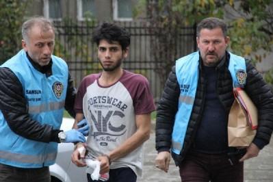 Iraklı vatandaşını bıçakladı