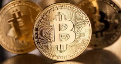 Bitcoin'i diğerleri izledi... Kripto paralar tepetaklak!