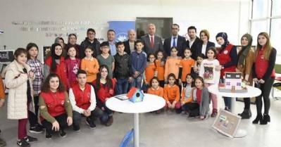 Gençlik Merkezi Tekkeköy'e değer katıyor