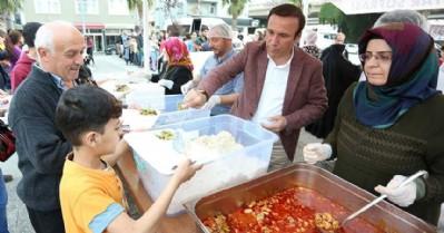 Canik'te Ramazan bereketi sürüyor