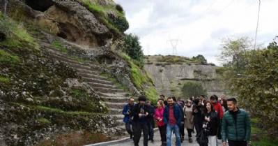Tekkeköy mağaralarına ilgi artıyor