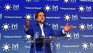İYİ Parti'de deprem... Meral Akşener görevi bırakıyor...