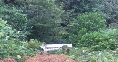Mevsimlik işçilerin aracı devrildi: 3 ölü, 12 yaralı