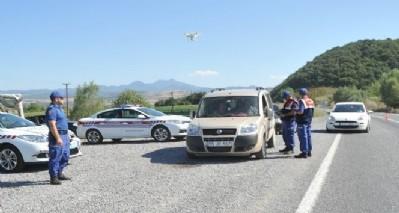 'Drone'lu trafik uygulaması
