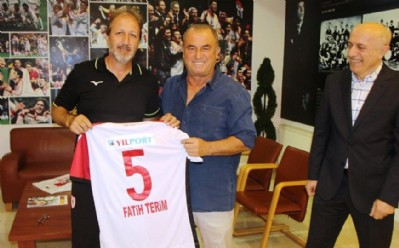 Terim'e  Samsunspor forması