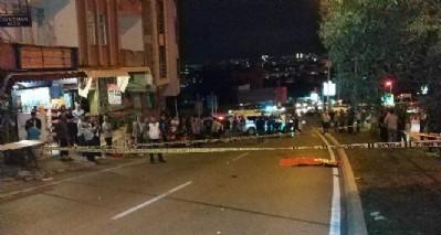 Halk otobüsü motora vurdu: 2 ölü