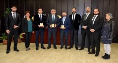 Veteriner Fakültesi Kıbrıs'tan 3 ödülle döndü
