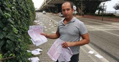 Öğrencilerin sınav kağıtları yollara saçıldı