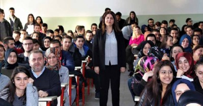 Öğrencilere KOSGEB destekleri anlatıldı