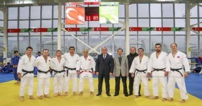 Judo ortak çalışma kampı başladı