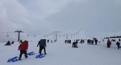 Akdağ'da kayak keyfi