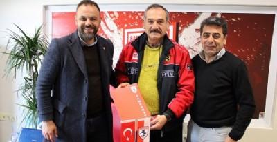 Yeni işbirliği Ladik Belediyespor'la