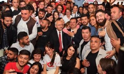 Ekrem İmamoğlu Samsun'la kucaklaştı