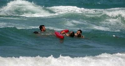Denizde boğulma tatbikatı