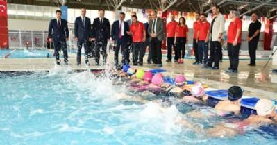 5 yılda 64 bin kişi yüzme öğrendi