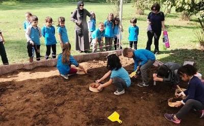 Miniklere arkeoloji eğitimi